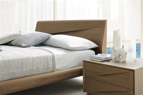 italy wood luxury platform bed  extra storage