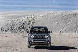 Nouvelle Jeep Renegade : nouvelle jeep renegade d voil e en premi re mondiale gen ve communiqu s de presse fiat ~ Medecine-chirurgie-esthetiques.com Avis de Voitures