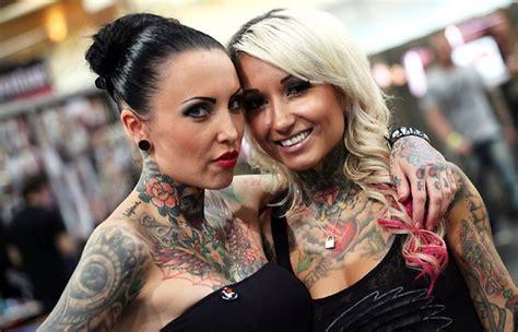 Tattoos Für Frauen 75 Motive Für Arm Rücken Und Beine Pictures To Pin On Pinterest