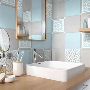 les 25 meilleures idees de la categorie salles de bains With salle de bain bleu blanc gris