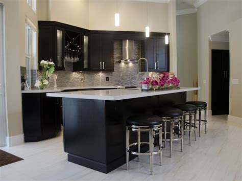 kitchen cabinets pembroke pines kitchen renovation featuring waypoint cabinets in maple 6310