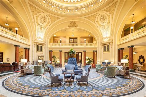 THE BATTLE HOUSE RENAISSANCE MOBILE HOTEL & SPA $189
