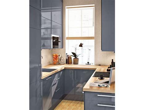 cuisine 5m2 amenagement cuisine fermee maison design bahbe com