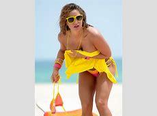 Jennifer Nicole Lee showing off her bikini body in Miami Beach