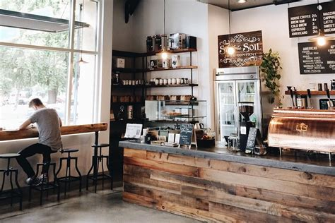 Do you know the difference between a latte, flat white and cappuccino? Guide: 9 of the coziest coffee shops in Toronto - Curiocity Toronto