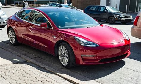 View Buy Tesla 3 Europe Pictures