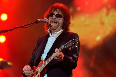 electric light orchestras jeff lynne confirms