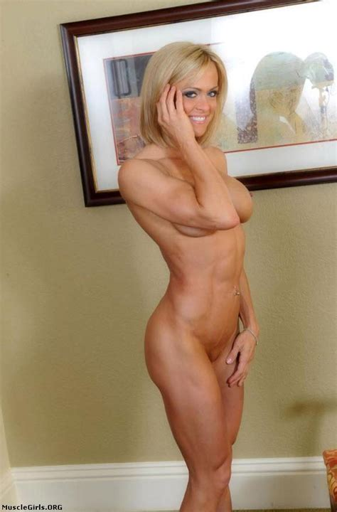 InstantFap Hot Fit And Nude