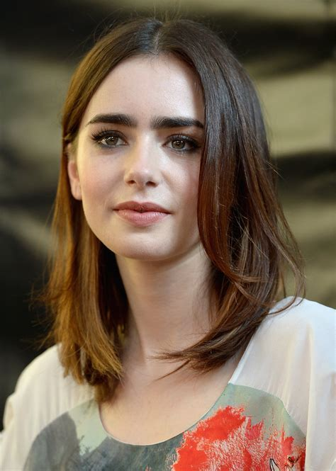 Celebrity Hairstyles: Lily Collins Medium Hairstyle 2015