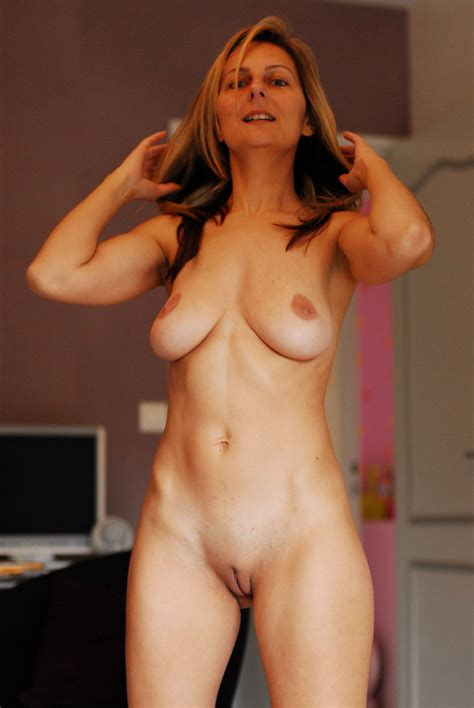 Super Milf 3  In Gallery Sexy Amazing Milf Amateur Picture 3 Uploaded By Bobajobber On
