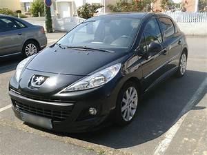 Peugeot 207 1 6 Hdi : peugeot 207 1 6 hdi 110 sportium carventura ~ Medecine-chirurgie-esthetiques.com Avis de Voitures