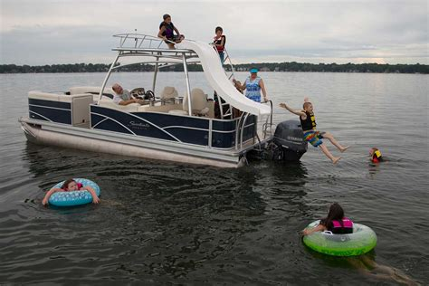 Rend Lake Pontoon Boat Rental by Patio Pontoon Boats For Rent Bass Lake Boat Rentals