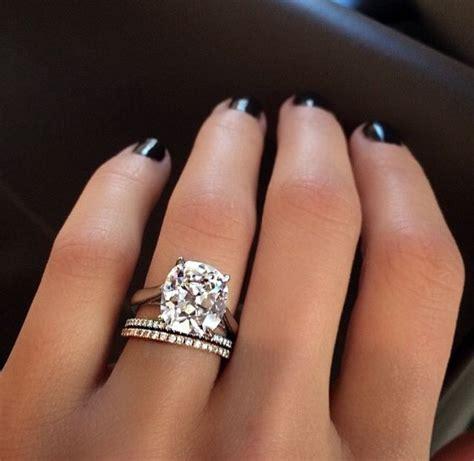 Huge Wedding Diamond Rings  Wedding, Promise, Diamond. Daisy Wedding Rings. Colourful Diamond. Nice Bracelet. Price Tanzanite. Gold Necklace. 28 Carat Diamond. Mayor Engagement Rings. Pear Shaped Engagement Rings