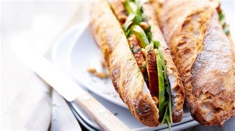 idées de plats à cuisiner recette sandwich poulet au tandoori roquette et avocat recettes les plats picard