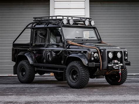defender thor spectre styled  xs double cab pick