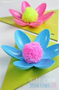 Plastic Spoons Flower Crafts