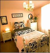 Paris Style Decorating Ideas Paris Themed Bedrooms French Theme Bedroom With White Bed And Beautiful Bedding Under Crystal Chandelier Pink Black And White Paris Themed Girl 39 S Room Color Girls Room Paris Room Teen Girl White Bedroom Bedroom Ideas