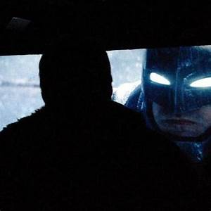 Leaked images of Ben Affleck in his armored Batsuit from ...