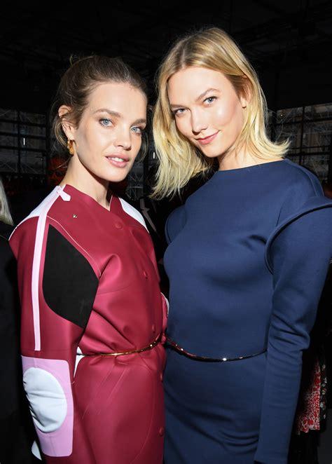 Karlie Kloss Louis Vuitton Front Row Paris Fashion