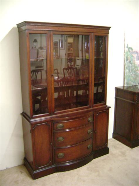 China Cabinet Used by J B Sciver Co Collectors China Cabinet 1940 S No