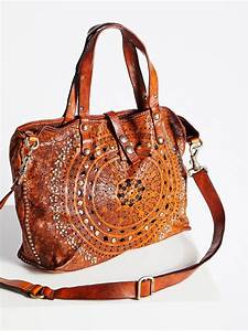 The 10 best brands for boho bags you need to discover!