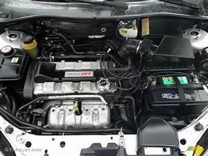 2004 Ford Focus Svt Hatchback 2 0 Liter Svt Dohc 16