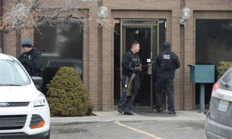 federal agents raid utah offices  polygamous kingston