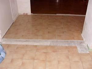 Astuce Enlever Plinthes Carrelage Sur Cloisons : apr s avoir cass des murs comment faire une jolie jonction ~ Melissatoandfro.com Idées de Décoration