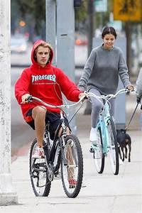 Justin Bieber and Selena Gomez on a romantic bike ride ...  Ride