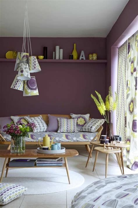 Canapé Couleur Prune Beautiful Articles Chambre A Coucher Avec Papier Peint Simple Intrieur De