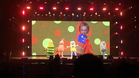 Gabba Gabba Live - hold still yo gabba gabba live get the sillies out