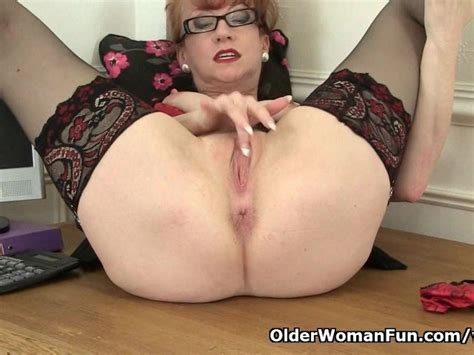 British Milf Red Works Her Sweet Matured Pussy Free Porn Videos Youporn