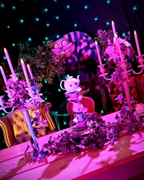 Giant 3d Alice In Wonderland Cheshire Cat Event Prop Hire