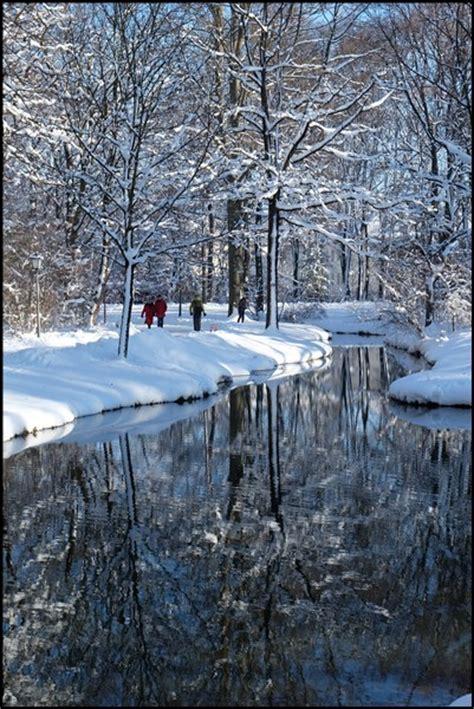 Englischer Garten Station by M 252 Nchen Am Mittwoch 1 Schnee Im Englischen Garten
