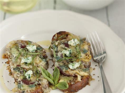 recettes de cuisine tartines aux magrets de canard séchés et roquefort