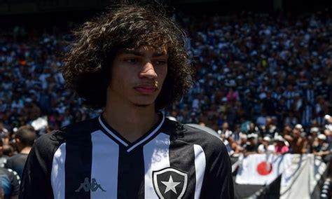 Promessa do Botafogo, Matheus Nascimento é alvo de Inter e ...