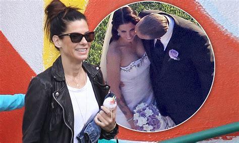 sandra bullock beams   jesse james  married