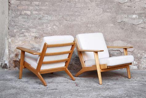 fauteuil chauffeuse vintage hans wegner scandinave