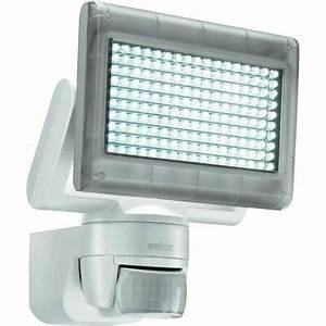 Projecteur Exterieur Avec Detecteur De Mouvement : projecteur led exterieur avec detecteur pas cher ~ Edinachiropracticcenter.com Idées de Décoration