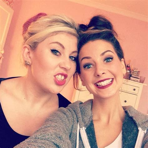 Zoella And Louise Pentland Friendship Zoella Sprinkle Of Glitter Fav Youtubers Pinterest