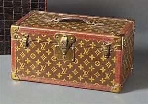 Louis Vuitton Reisekoffer : reisekoffer bo te bouteilles louis vuitton frankreich a 20 jh recheckiger koffer mit klapp ~ Buech-reservation.com Haus und Dekorationen