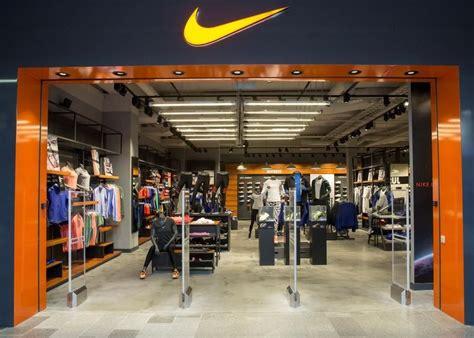 Nike Store, Kaunas Korodurde