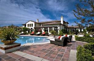 floor and decor west oaks khloe buys justin bieber 39 s 7 2m calabasas home