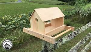 Comment Fabriquer Une Le En Bois by Comment Fabriquer Une Mangeoire En Bois Pour Les Oiseaux