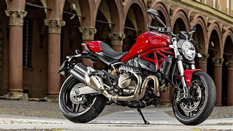 Ducati Monster 821 First Ride Review