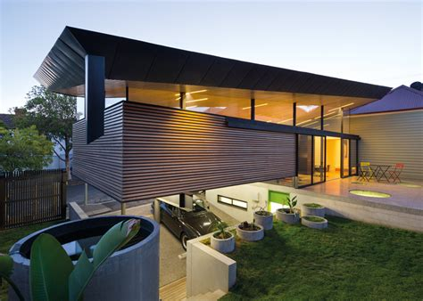 Demanding Modern Design For Twolevel House Extension In