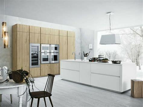 color blanco  madera de roble  las cocinas modernas