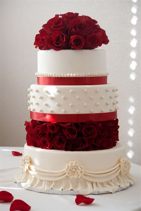 The Most Beautiful Wedding Cake Made With Love By My