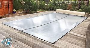 Bache Piscine Hiver Sur Mesure : bache de piscine hivernage opaque couvertures piscines hiver baches ~ Mglfilm.com Idées de Décoration