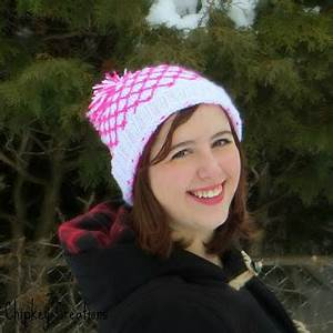 Chipkey Creations White and Neon Pink Hat Pattern